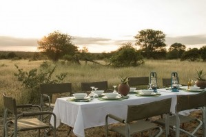Nthambo outdoor dining